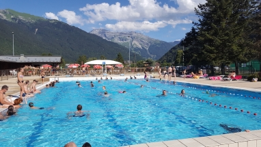swimming_pool_Samoens